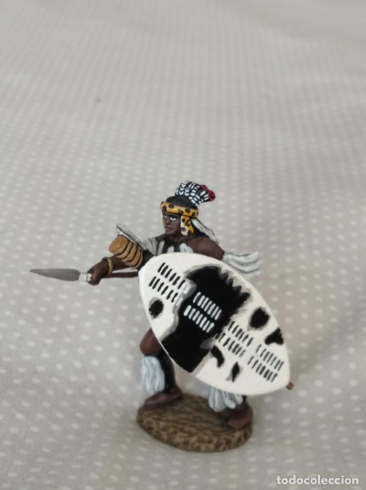 Juguetes Antiguos: 1/32 FRONTLINE ZULU WAR Nº 41, ZULU WARRIOR WITH SPEAR AND SHIELD (BRITAINS, CONTE) - Foto 4 - 202399001