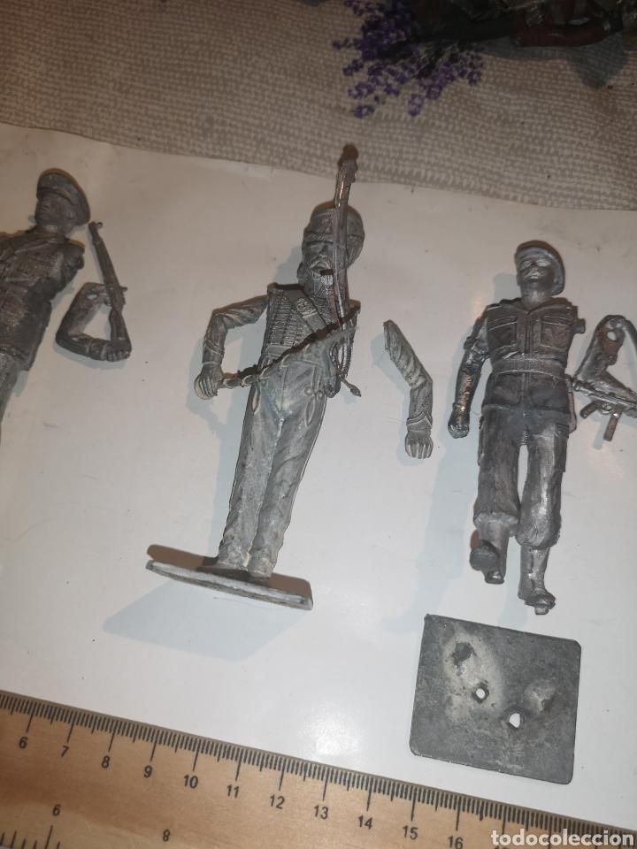 Juguetes Antiguos: Lote de 3 soldaditos de plomo antiguos para montar. - Foto 3 - 202726516