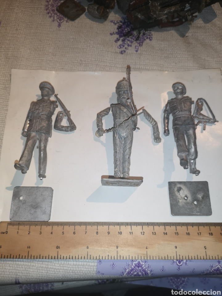 LOTE DE 3 SOLDADITOS DE PLOMO ANTIGUOS PARA MONTAR. (Juguetes - Soldaditos - Soldaditos de plomo)