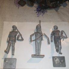 Juguetes Antiguos: LOTE DE 3 SOLDADITOS DE PLOMO ANTIGUOS PARA MONTAR.. Lote 202726516