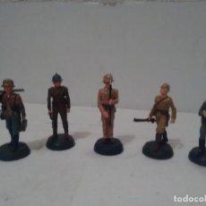 Juguetes Antiguos: SOLDADOS DE PLOMO SEGUNDA GUERRA MUNDIAL - 5 SOLDADOS. Lote 204497865