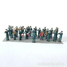 Juguetes Antiguos: SOLDADOS DE PLOMO - 20MM ANTIGUA BANDA DE MUSICA DE LA GUARDIA CIVIL 20 MM. Lote 205670406
