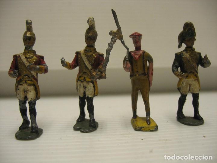 Juguetes Antiguos: 4 soldados de plomo 4,5 cm - Foto 2 - 205867988