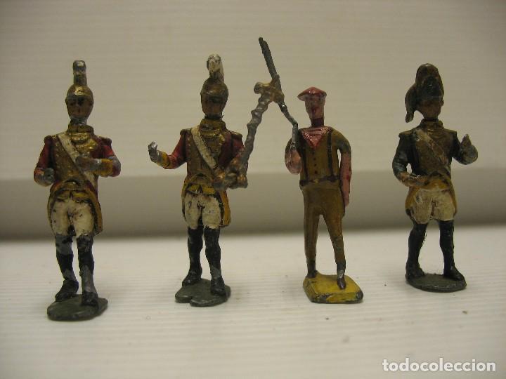 Juguetes Antiguos: 4 soldados de plomo 4,5 cm - Foto 3 - 205867988