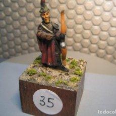 Juguetes Antiguos: SOLDADO DE PLOMO MODELO 35 - TEMA FANTASIA - PINTADO DE CALIDAD- - TAMAÑO PEANA CM. 3X3X2. Lote 206783813