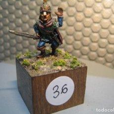 Juguetes Antiguos: SOLDADO DE PLOMO MODELO 36 - TEMA FANTASIA - PINTADO DE CALIDAD- - TAMAÑO PEANA CM. 3X3X2. Lote 206783842