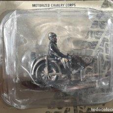Juguetes Antiguos: SOLDADOS EN MOTOCICLETA MOTORIZED CAVALRY CORPS SIDECAR FN COL SEGUNDA GUERRA MUNDIAL. Lote 222258328