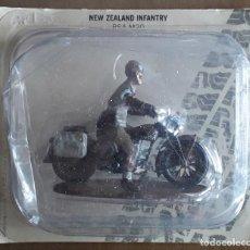 Juguetes Antiguos: SOLDADO MOTO NEW ZEALAND INFANTRY BSA M20 COL SEGUNDA GUERRA MUNDIAL. Lote 222257152