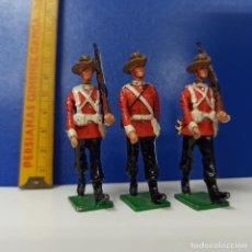 Jeux Anciens: LOTE 3 SOLDADITOS MINIATURAS DE PLOMO - SOLDADOS CANADIENSES. Lote 212710498