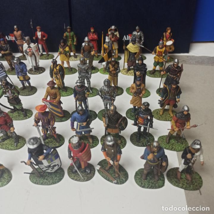 Juguetes Antiguos: COLECCION COMPLETA 60 FIGURAS SOLDADITOS PLOMO SOLDADOS DE LA EDAD MEDIA ALTAYA. LEER - Foto 3 - 213645825