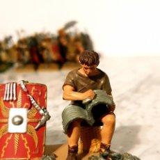 Juguetes Antiguos: SOLDADITO DE PLOMO DIORAMA. Lote 213671401