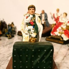 Juguetes Antiguos: SOLDADITO DE PLOMO DIORAMA LE SACRE DE MILAN 1805. Lote 213745350