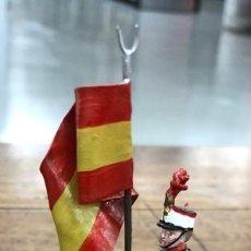 Jeux Anciens: SOLDADO PLOMO ALYMER. ABANDERADO GUARDIA REAL. ESPAÑA. REF. 254/1. EN SU CAJA ORIGINAL. Lote 215347303
