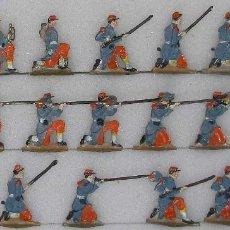 Juguetes Antiguos: 20 ANTIGUOS (1950/60) SOLDADOS DE PLOMO, INFANTERIA BAJO FUEGO,1870-1871 , PLOMOALEACIÓN. Lote 216719038