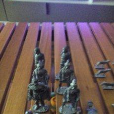 Juguetes Antiguos: SOLDADITOS DE PLOMO. Lote 217312295