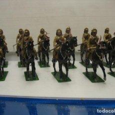 Juguetes Antiguos: 11 SOLDADOS JAPONESES A CABALLO. Lote 217771391