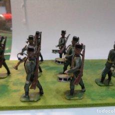 Jeux Anciens: 39 SOLDADOS DE PLOMO GUARDIA CIVIL ANTIGUOS CON BANDA DE MUSICA. Lote 226611640