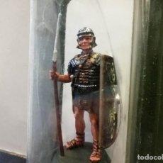 Juguetes Antiguos: ALMIRALL PALOU GUERREROS Y CABALLEROS 3/009 ROMA LEGIONARIO SOLDADO ROMANO 1/32 AÑO 2000 RBA PTOY. Lote 243051750