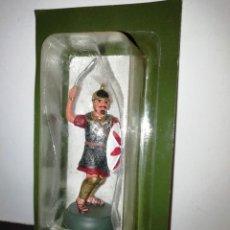 Juguetes Antiguos: ALMIRALL PALOU GUERREROS Y CABALLEROS 3/010 CARTAGO INFANTE SOLDADO ROMANO 1/32 AÑO 2000 RBA PTOY. Lote 243053280