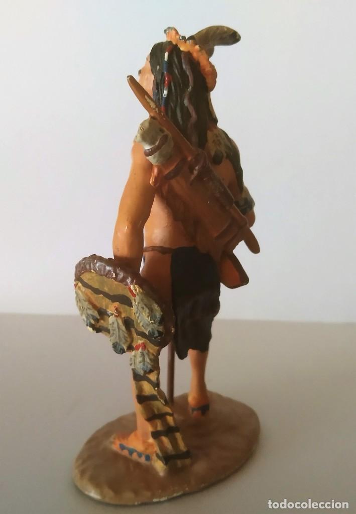 Juguetes Antiguos: FIGURA DE PLOMO INDIO AMERICANO GRAN TAMAÑO 10 CM - Foto 2 - 251905665