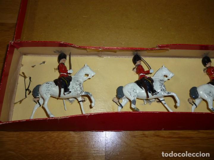 Juguetes Antiguos: Soldados de plomo Britains Royal Scots Greys soldaditos ingleses - Foto 6 - 255965700