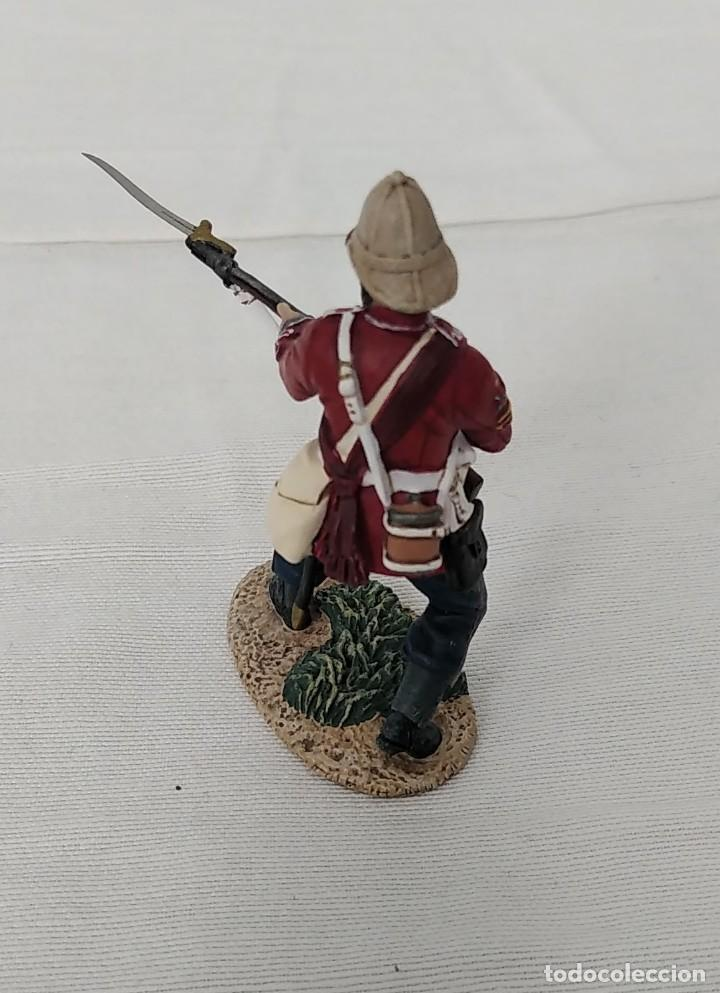 Juguetes Antiguos: BRITAINS ZULU WAR 20174 BRITISH 24th FOOT SGT. BOURNE Nº 2 PARRYING WITH BAYONET - Foto 3 - 255989215