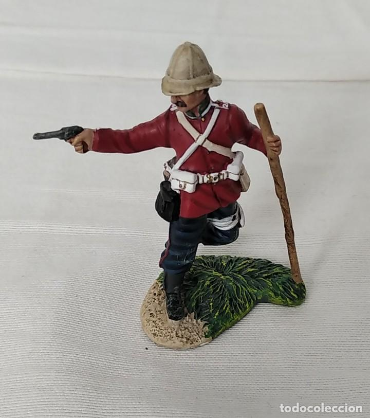 Juguetes Antiguos: BRITAINS ZULU WAR 50042C BRITISH 24th FOOT WOUNDED FIRING PISTOL - Foto 2 - 255989340