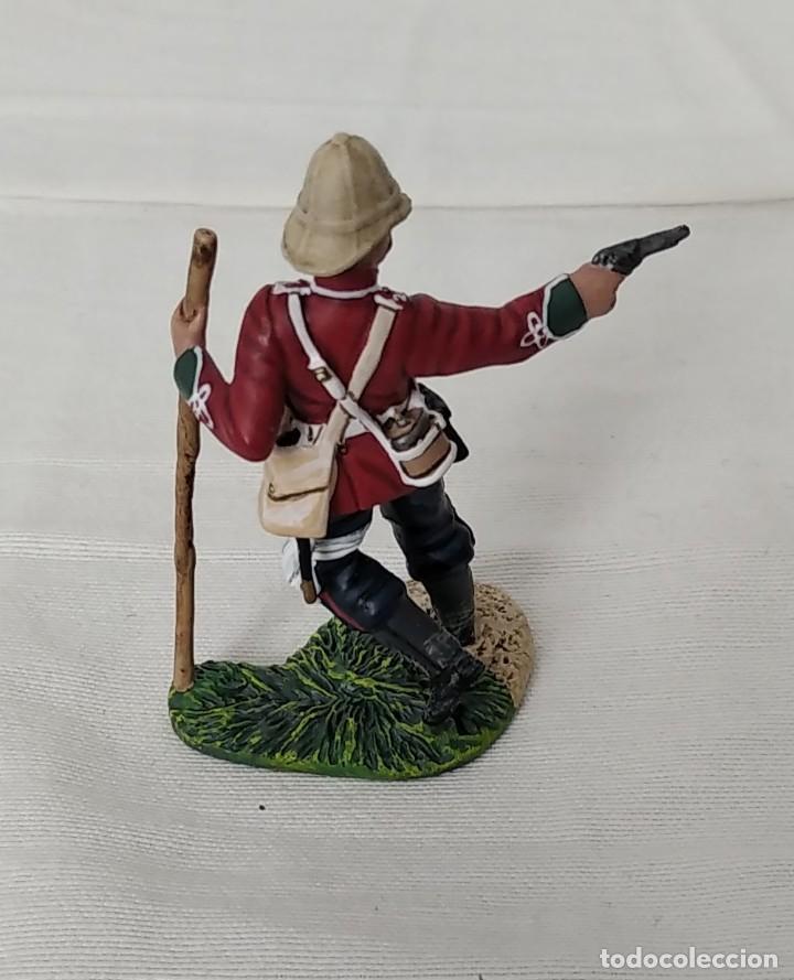 Juguetes Antiguos: BRITAINS ZULU WAR 50042C BRITISH 24th FOOT WOUNDED FIRING PISTOL - Foto 3 - 255989340