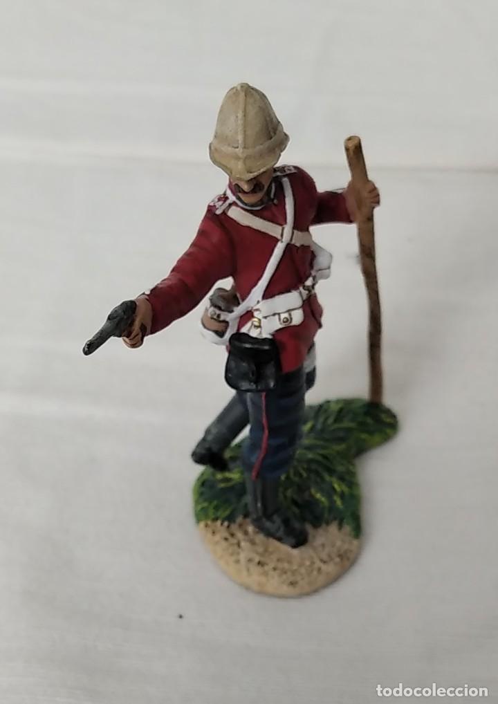 Juguetes Antiguos: BRITAINS ZULU WAR 50042C BRITISH 24th FOOT WOUNDED FIRING PISTOL - Foto 5 - 255989340