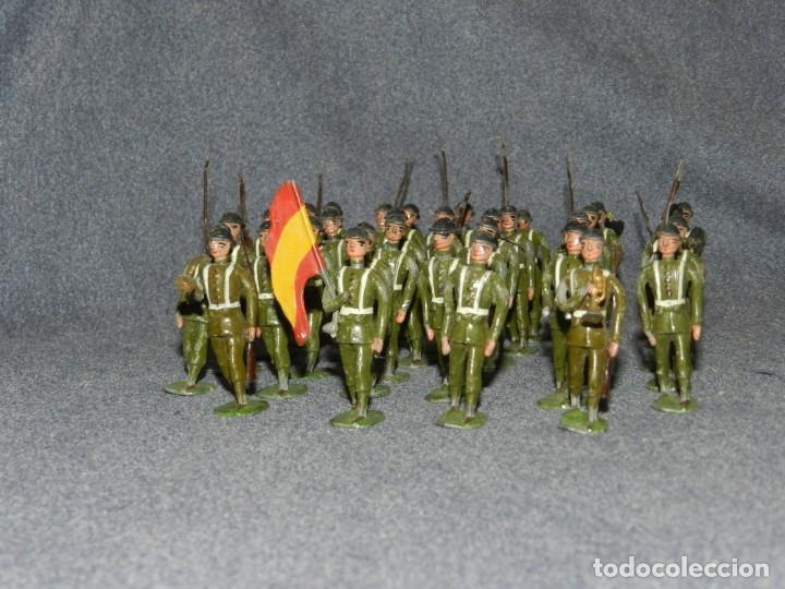 Juguetes Antiguos: SOLDADITOS DE PLOMO ANTIGUOS - 34 FIGURAS - BALDOMERO CASANELLAS / CAPELL?, 55 CM - Foto 6 - 258868815