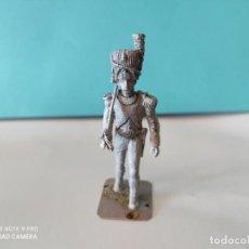Jogos Antigos: ART AMB FUSTA SOLDADO PLOMO SIN PINTAR 54MM. Lote 284212598