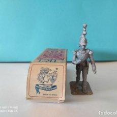 Jogos Antigos: ART AMB FUSTA SOLDADO PLOMO SIN PINTAR 54MM. Lote 284212663