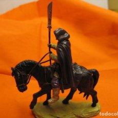 Juguetes Antiguos: FIGURA CON ESTRAÑO JINETE FIGURA 5 CM.. Lote 286054278
