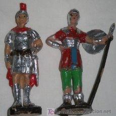 Juguetes Antiguos: LOTE DE 2 SOLDADOS ROMANOS. Lote 24917820