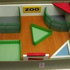 Juguetes Antiguos: ZOOLÓGICO ZOO DE MADERA Y PLÁSTICO DENIA SIN ANIMALES AÑOS 50. Lote 11082080