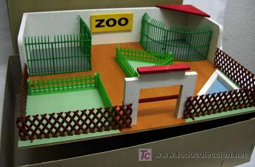 Juguetes Antiguos: Zoológico zoo de madera y plástico Denia sin animales años 50 - Foto 3 - 11082080