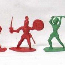 Juguetes Antiguos: LOTE DE 5 MEDIEVALES DE PLÁSTICO. Lote 1984589