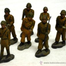 Juguetes Antiguos: 7 SOLDADOS DESFILE ESPAÑOL COBA COLOM BASTE AÑOS 50. Lote 13583578