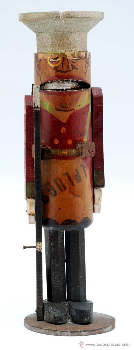Juguetes Antiguos: Soldado con fusil madera posiblemente Denia publicidad tacos Rawlplugs años 30 con folleto - Foto 2 - 53081214
