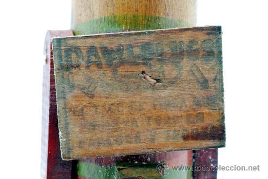Juguetes Antiguos: Soldado con fusil madera posiblemente Denia publicidad tacos Rawlplugs años 30 con folleto - Foto 8 - 53081214