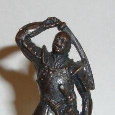 Giochi Antichi: DIFICIL FIGURA KINDER METAL METALICA VER COLOR DEL METAL. Lote 30756547