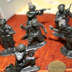 Juguetes Antiguos: LOTE SOLDADITOS DE PLASTICO. . . Lote 31357935