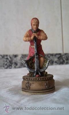 Juguetes Antiguos: Lote de 2 figuras de soldados medievales en resina.Marca W. U. I 2001 - Foto 2 - 36006094