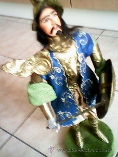 Juguetes Antiguos: SOLDADO PUPI MONGOL ORIGINAL EL CUERPO DE MADERA LA CABEZA DE TERRA COTA LA ROPA DE HOJALATA - Foto 3 - 41560406