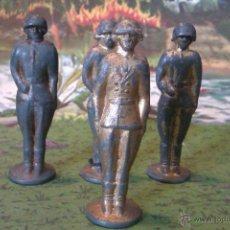 Juguetes Antiguos: FIGURAS RUSAS DE METAL- DE 6CM. Lote 43536730