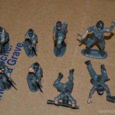 Juguetes Antiguos: 8 SOLDADOS. Lote 58687130