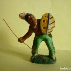 Juguetes Antiguos: FIGURA INDIO EN PASTA 65MM MAROLIN ELASTOLIN. Lote 68139353