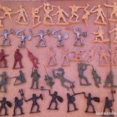Juguetes Antiguos: LOTE 40 SOLDADOS DE PLÁSTICO . Lote 93274785