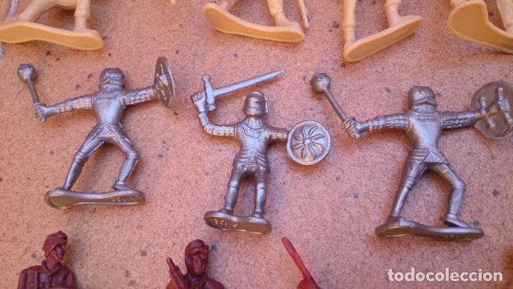 Juguetes Antiguos: Lote 40 soldados de plástico - Foto 4 - 93274785