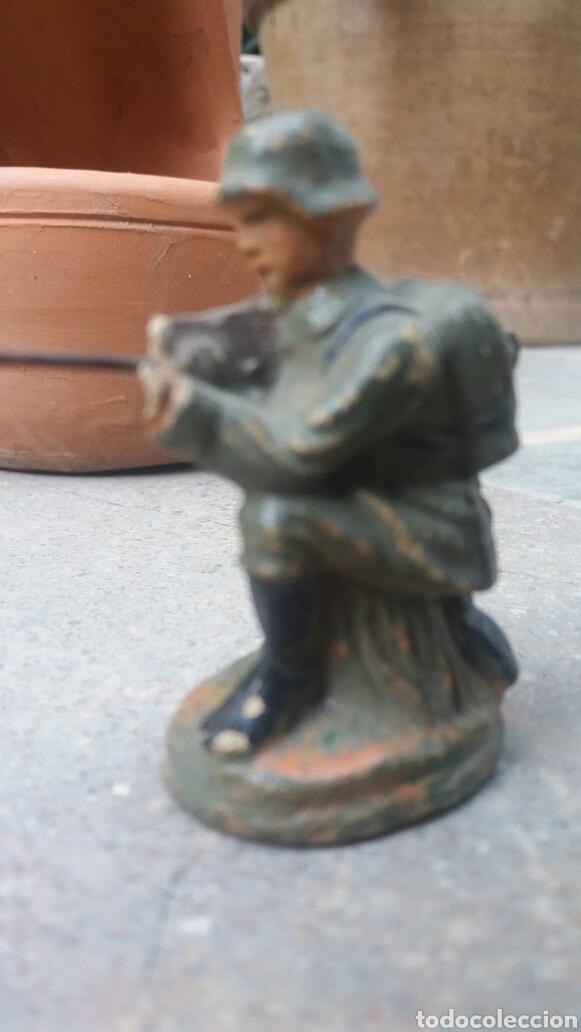 Altes Spielzeug: Soldado alemán disparando, Lineol, Elastolín etc - Foto 4 - 93385533